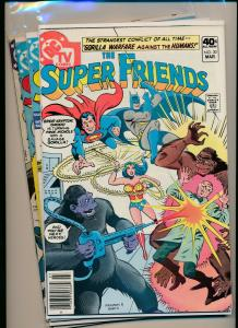 DC Comics LOT of 4- THE SUPER FRIENDS #30,45,29,33 F to F/VF (PF521)