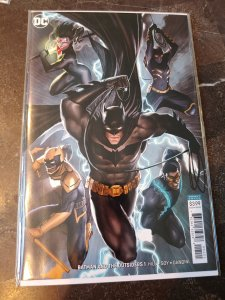 BATMAN AND THE OUTSIDERS #1 VIRGIN VARIANT NM