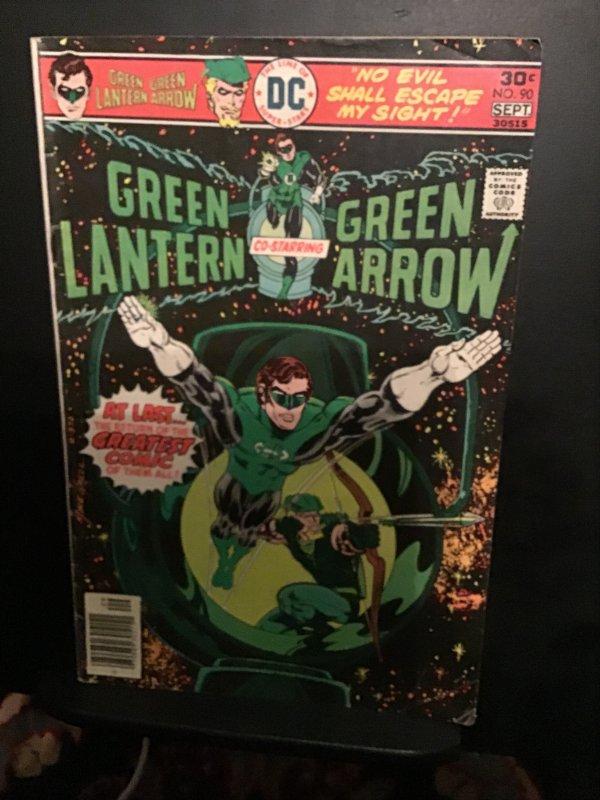 Green Lantern #90 (1976) mid-high-grade 1st Mike Grell art! FN+. Wow