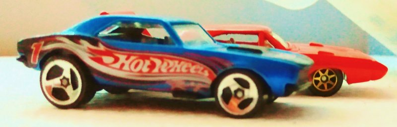 1982 Hot Wheels 1967 Camaro super sport collector's edition & the hood opens
