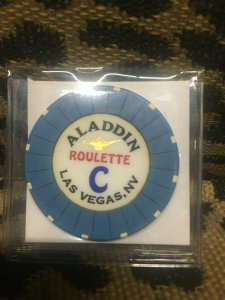10 ALADDIN CASINO ROULETTE CHIPS - RARE - VEGAS NM ASSORTED COLLECTION