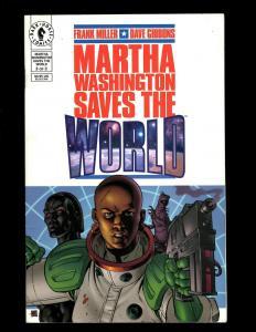 10 Comics Martha Washington 1-3 Stranded In Space 1 Liberty 2 3 War 1-4 J344