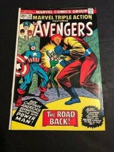 MARVEL Avengers TRIPLE ACTION #16 Cpt. America, HULK F/VF (608JE)