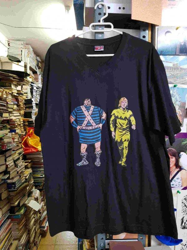 Camiseta negra de Crispin y Goliath. Talla XXL