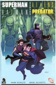 SUPERMAN / BATMAN vs ALIENS / PREDATOR #2, NM+, 1st printing, 2007, Shultz