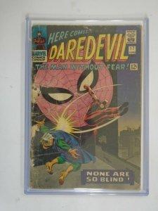 Daredevil #17 featuring Spider-Man 2.0 GD re-stapled (1966 1st Series)