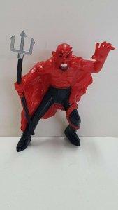 Figura PVC:  de un demonio con un tridente en la mano. Dimensiones: 10 cm