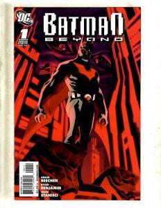 13 Comics Batman Beyond 1 2 3 5 6 Superman Confidential 1 2 3 4 5 6 7 8 SM18