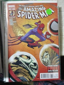 Amazing Spider-Man # 697 2013  marvel hobgoblin vs hobgoblin
