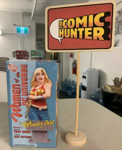 Women of The DC Universe Wonder Girl Bust Series 2 Terry Dodson Limited Edition