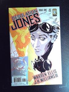 Desolation Jones #1 (2005)