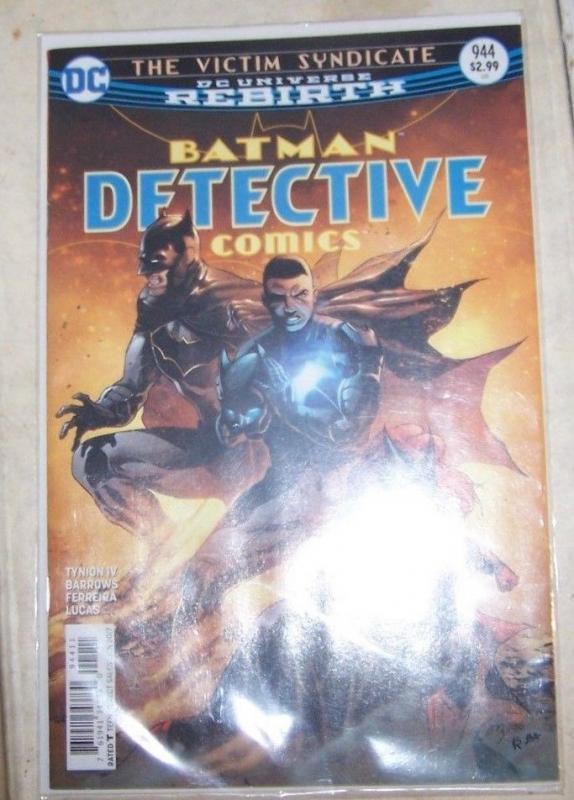 Detective Comics #944 January 2017, DC) victim syndicate pt 2 batman batwoman