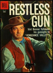 RESTLESS GUN FOUR COLOR COMICS #934-DELL-PHOTO CVR VF