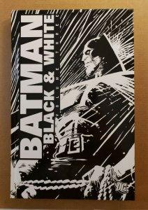 BATMAN BLACK & WHITE VOL.3 HARD COVER GRAPHIC NOVEL PRE-OWNED