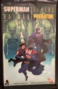 Superman and Batman vs. Aliens and Predators #2 (2007)