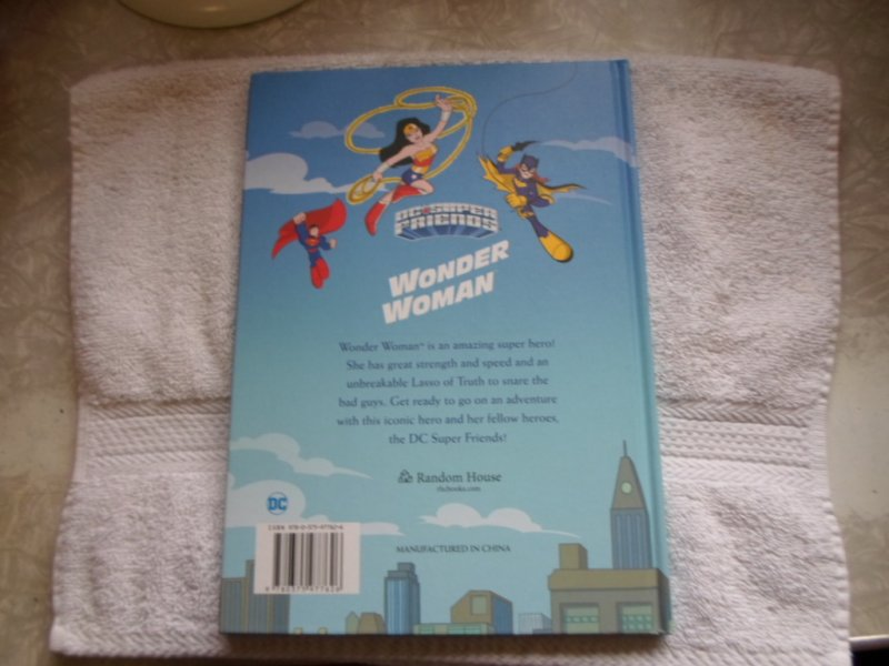 2018 DC COMICS HARD COVER WONDER WOMAN SUPER FRIENDS