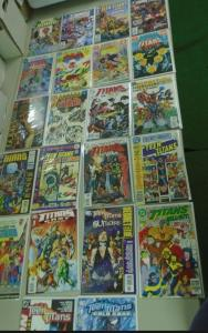 Teen Titans Specials Annual Lot - see pics - 22 books - years vary