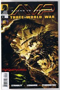 ALIENS vs PREDATOR #2 - Three World War, VF+, Battle, 2010, more in store