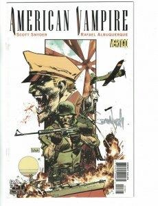 American Vampire #13 VF/NM variant signed by Sean Murphy - DC/Vertigo Comics
