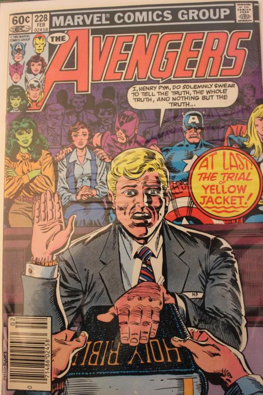 Avengers 228  VF/NM
