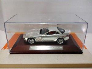 Coche Escala/Scale Diecast Car: MERCEDES Mc Laren SLR - Metalizado Cromo en p...