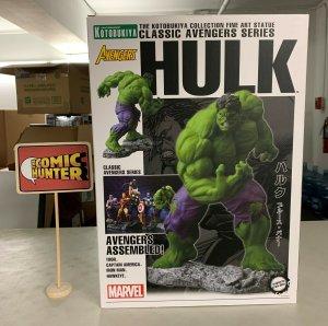 Kotobukiya Marvel Hulk Fine Art Statue Classic Avengers Series Slight Damage