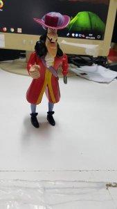 Figura: Capitan Hook. De cuerda pero no funciona correctamente