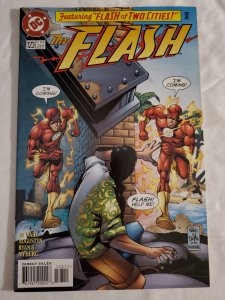 Flash 123 Very Fine+  Cover art by Mike Wieringo