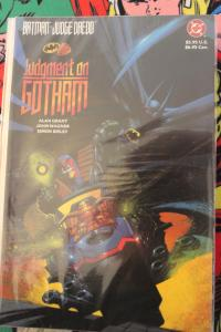 Batman/Judge Dredd: Judgment on Gotham NM