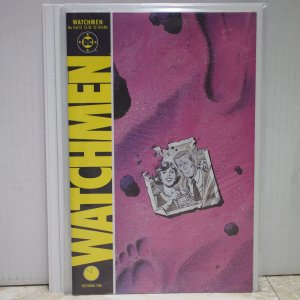 Watchmen #4 VF/NM #4 in the 12 issue series
