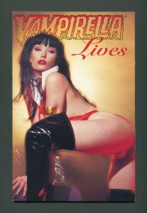 Vampirella LIVES  #1 Mature Readers Edition /  8.5 VFN+ / 1996