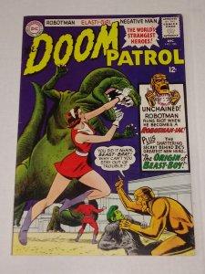 Doom Patrol #100. (7.0) ID#74Q