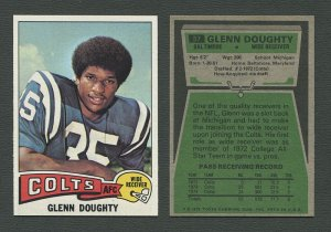 1975 Topps Football /  Glenn Doughty #57  /  MINT