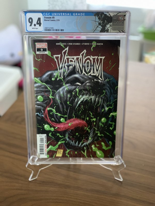 Venom #9 1st Appearance of Dylan Brock - CGC 9.4
