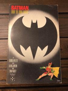 Batman Hunt For The Dark Knight 3 TPB * 1986 *