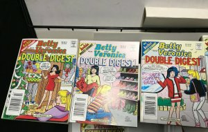 BETTY and VERONICA DOUBLE DIGEST MAGAZINE LOT of 6 Early-Mid 2000's FINE #17