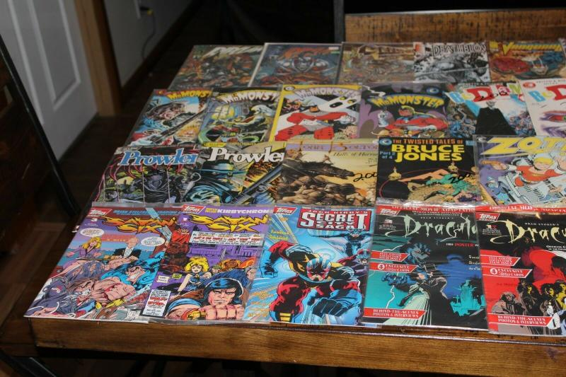 Medium Priority Mail Box Full of TOPPS IMAGE MALIBU ECLIPSE Comics Bulk Mixed