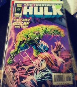 Incredible Hulk  # 452 (apr 1997 , Marvel) HULK  ISLAND  HURRICANE GREEN