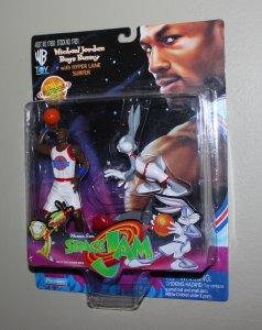 Michael Jordan Space Jam: Michael Jordan & Bugs Bunny Figure MOC  1996