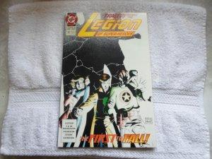 1992 DC COMICS LEGION OF SUPER HEROS # 32