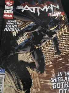 DC Universe Batman #3 Annual Mint Hot