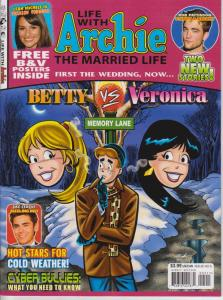 Life With Archie: Married Life #5 VF/NM; Archie | save on shipping - details ins