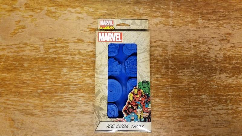 Marvel Ice Cube Tray NEW IN BOX Collectible Comics Avengers TB1