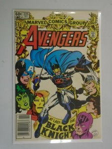 Avengers #225 Newsstand edition 7.0 FN VF (1982 1st Series)