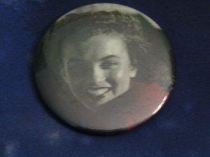Vtg Vintage Pin Button: Marilyn Monroe