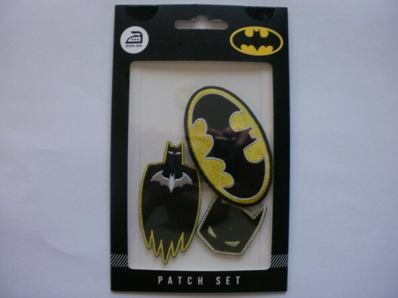NEW DC BATMAN IRON-ON PATCH SET (Set of 3 Embroidered Patches) Logo Mask Knight