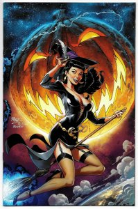 Bettie Page Halloween Special #1 Royle 1:10 Virgin Variant (Dynamite, 2019) NM