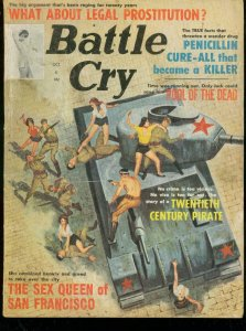 BATTLE CRY OCT 1963-PIRATES-WOMEN VS. COMMIE TANK COVER VG/FN