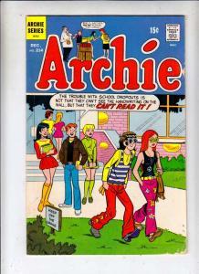 Archie #214 (Dec-71) FN Mid-Grade Archie