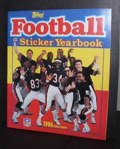 1986 Topps Football Sticker Album /  NM-MT